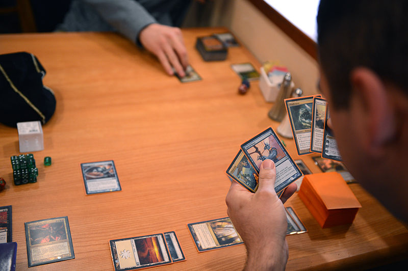 800px-magic_the_gathering_players